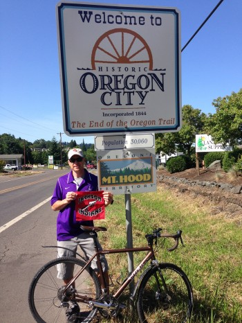 standing oregon city sign