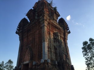 Cham Towers (1)